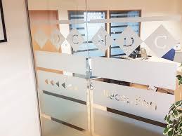 office devider. National Design Consultancy (Leeds, West Yorkshire): Open Ended Glass Partition / Office Devider