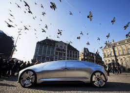 Self-driving cars\u0027 crash-optimization algorithms offer an ethical ...