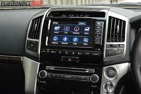 2014 Toyota LandCruiser Sahara V8 review (video) | PerformanceDrive