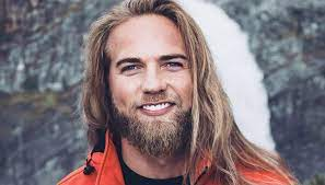 Lasse matberg is best for his brother named espen matberg's wedding which was in 2017. Lasse Matberg Who Is The Beautiful Giant Who Won Dancing With The Stars 2019