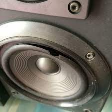 Nguyên nhân khiến loa karaoke bị rè và cách khắc phục