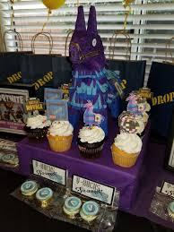 Cricut Cut Cupcake Pics And Diy Fortnite Llama Fortnite Party