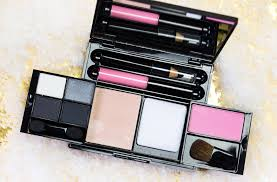 maybelline up in smoke make up kit ping
