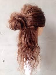 簡単に可愛いく編み込みヘアのやり方結婚式や二次会に合う髪型紹介