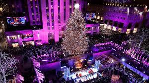 Nbc Christmas Lighting Rockefeller Center Christmas Tree Lights Up In New York City