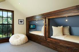 modern bedroom with 2 twin beds 2016