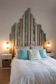 pallet office. pallets are not only helpful in decorating the home they can also be used for pallet office