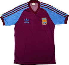Legendary players as paolo di canio, frank lampard, michael carrick are here. Adidas 1982 83 West Ham Match Worn Home Shirt Vintage Football Shirts