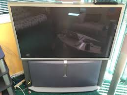 sony tv with built in speakers. large sony crt tv. in working order. comes with built-in stand including speakers. have original documentation. tv built speakers m