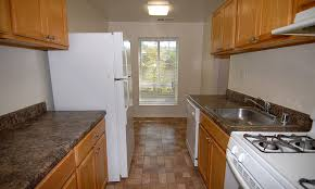 our apartments in windsor mill md offers a kitchen