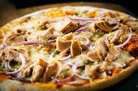 Risultati immagini per PIZZA TONNO E CIPOLLA