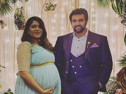 Pannaga Bharana shares photos from Meghana Raj Sarja's latest baby shower |  Kannada Movie News - Times of India