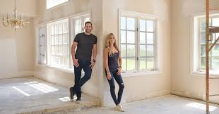 Tarek El Moussa, Christina Anstead on New <b>Season</b> of <b>Flip</b> or <b>Flop</b> ...