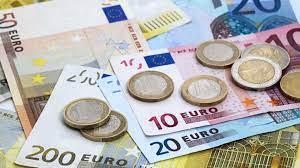 EURO MU; KKTC PARASI MI? HER DURUMDA İSTİKRAR VE GÜVEN LAZIM!