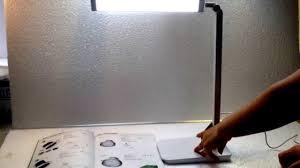Đèn bàn LED SML-188S(đèn học LED bảo vệ thị lực và hạn chế cận thị) -  YouTube