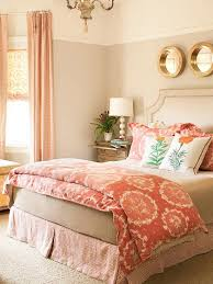 Golden Bedroom Ideas 3