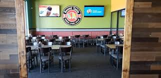 round table pizza huge party rooms