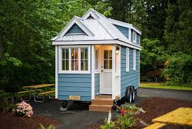 Small Picture Maine Looks Into Changing Tiny House Building Codes Story ID