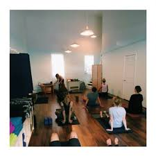 hosh yoga is a non profit yoga studio in greenpoint where your practice makes a difference hosh offers a safe weling environment for reflection