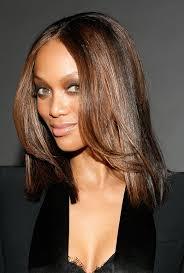 Tyra Banks Beautiful Intriguing Shoulder Hitting Long Wavy Layered Glueless Lace Front Human Hair Wig