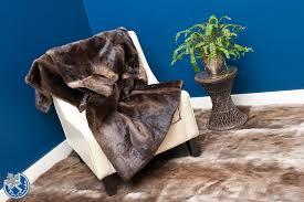fur blankets fur comforters fur carpets fur rugs bear skin rugs