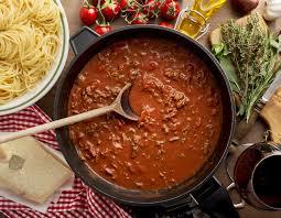 фарш с томатом на сковороде