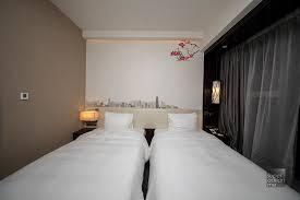 the comfortable beds at hilton garden inn hong kong mongkok