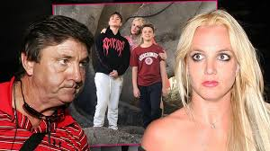 Two weeks after it was revealed that britney spears and kevin federline were gearing up for a legal battle following his demand for more child support, the pop star has reportedly. Britney Spears Blames Father Jamie For Lost Custody Time With Sons