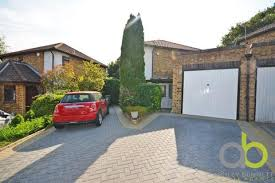 3 Bedroom Semi Detached House For Sale   Angel Close, Basildon