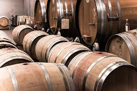 oak wine barrels. French-vs-American-oak-barrels Oak Wine Barrels E
