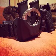 Double Magazine Pouch With Handcuff Holder Handcuff And Double Mag Kydex Stuff Pinterest Kydex Police 14