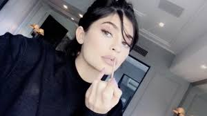 kylie jenner my daily makeup routine