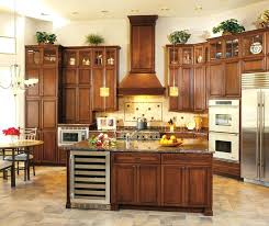 cambridge kitchen cabinets cherry cabinets in a traditional kitchen in finish and espresso glaze cambridge merlot kitchen cabinets