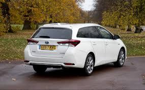 test: 2017 Toyota Auris Hybrid Touring Sports