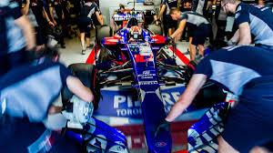 | F1 17 T.XIX | Toro Rosso ante su primera oportunidad de ser campeón Images?q=tbn:ANd9GcS5NFoPjPvN2oBZz4XAvv4r9dHeEiZDdIptXPQewXO2QmFU_9FM