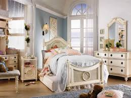 Shabby Chic Bedroom Wallpaper How To Do It Yourself Shabby Chic Bedroom Ideas