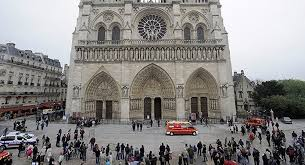Afbeeldingsresultaat voor عکس هایی از کلیسای نوتردام پاریس
