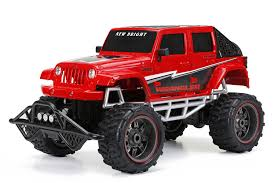 amazon new bright r c f f 4 door open back jeep includes 9 6v power pack batteries charger 1 8 scale red toys games
