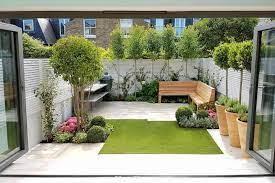 small backyard gardens