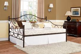 Image of: Full Size Daybed Comfortable