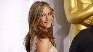 Ikonické účesy Jennifer Aniston Od Sestřihu Na Rachel Až Po Delší