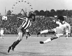 """Piłkarz napisał """"nigdy nie przestawaj marzyć #41. Rekord Gerda Muellera Dla Bundesligi To Byl Sezon Hanby Stracila Prawie Milion Widzow Pilka Nozna Sport Pl"""