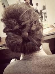 実は簡単自分の髪でリボンを作ると誰でもかわいい髪型にhair