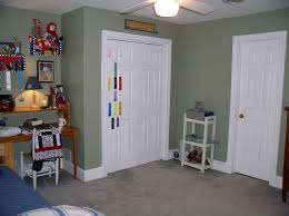 Sage Green Bedroom Decorating Best Sage Green Paint For Balanced Courteous And Reliable Home