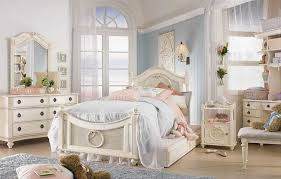 white chic bedroom furniture. Shabby Chic Bedroom Furniture: Beneficial And Pristine White Furniture A