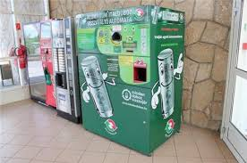 Plastic Bottle Recycling Vending Machine Fascinating Returpack 'Reverse Vending Machine' Incentivises Aluminium And