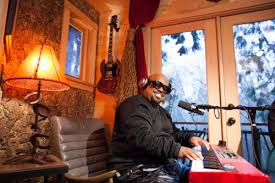 treehouse masters brewery. CeeLo Green Stopped By The Record-High Recording Studio Built Nelson Treehouse \u0026 Supply Masters Brewery