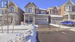 For sale: 10 CLIFFORD DALTON DR, Aurora, Ontario L4G0T6 - N5112596 |  REALTOR.ca