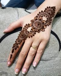 Pin By Deva Yani On Mehandi Henna Designs Easy Mehndi