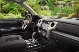 Tell Me About the Tech Features of the 2018 Toyota Tundra